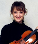 Lindsay H offers violin lessons in Holly Park , WA