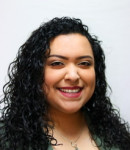 Alejandra R offers voice lessons in Heights, TX