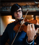 Andrew Z offers violin lessons in Northeast Park Hill , CO