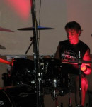 Eric W offers drum lessons in Glendale Luke Afb , AZ