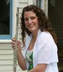 Chelsey J offers flute lessons in West End , MA