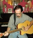 Stephen C offers guitar lessons in Oak Cliff , TX