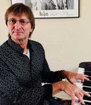 Kevin S offers piano lessons in Reseda, CA