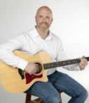 Jon A offers guitar lessons in Evanston, OH