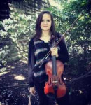 Christine S offers violin lessons in Civic Center , NY