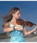 Lauren L offers violin lessons in Miami, FL