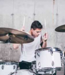 Jonathan B offers drum lessons in Lincoln Square , NY