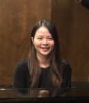 Oanh L offers piano lessons in Walnut Park , CA