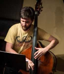Andrew P offers bass lessons in Warehouse District , OH