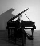 Sung Ho Y offers piano lessons in Stony Brook , NY