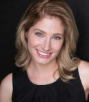 Julie B offers voice lessons in Franklin Park , IL