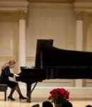 Liana P offers piano lessons in Leather District , MA