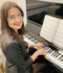 TalynI offers piano lessons in Burlington, MA