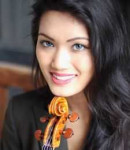 Nadia M offers violin lessons in Times Square , NY