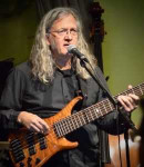 Dave H offers bass lessons in London Bridge , VA