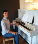 Stefan F offers piano lessons in San Mateo , CA