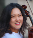 Ye Jin G offers viola lessons in Elmwood Park , IL