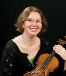 Ashley W offers violin lessons in Southeast Magnolia , WA