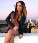 Corinne S offers violin lessons in Green, CA