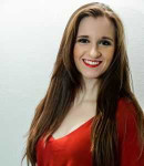 Dyanne L offers voice lessons in Souderton, PA