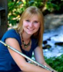 Ashley E offers flute lessons in Oregon City , OR
