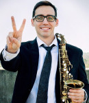 Noah V offers saxophone lessons in Edison, NJ