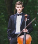 Isaac B offers cello lessons in Redmond, WA