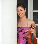 Kashi E offers violin lessons in South San Francis , CA