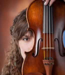 Siarra R offers violin lessons in Tolleson, AZ