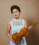 Clara K offers violin lessons in Rego Park , NY