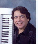 Luis M. F offers voice lessons in Cranford, NJ