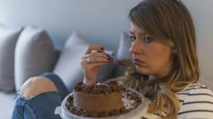 כתבה בנושא השיטה להתגברות על אכילה רגשית