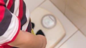 כתבה בנושא איך לעזור לילד לרדת במשקל?