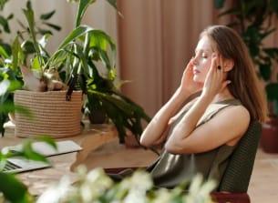 כתבה בנושא מיגרנה – איך נכון לאכול כדי לא לסבול?