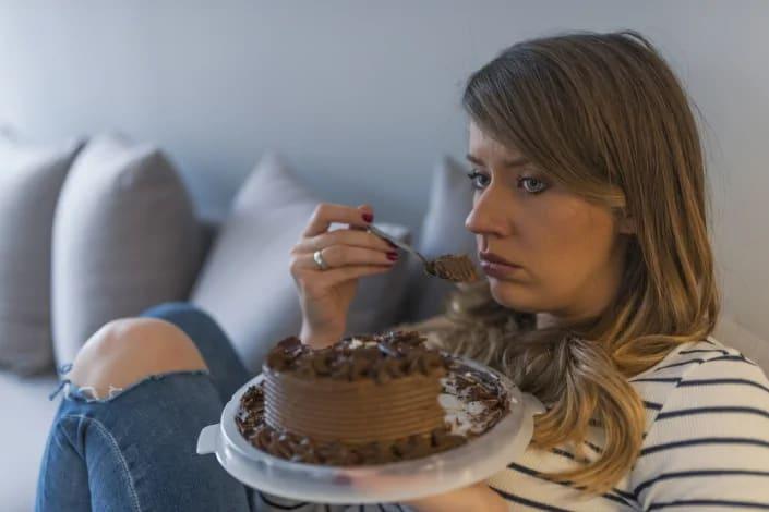 תמונה בנושא השיטה להתגברות על אכילה רגשית