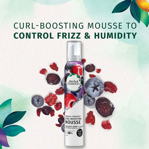 Curl-boosting mousse to control frizz and humidity