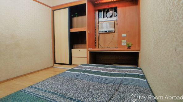 My Room Abroad - Shared rooms and studios for international students, exchange students, language teachers and expats in Aisa. Japanese style double bedroom in Guting