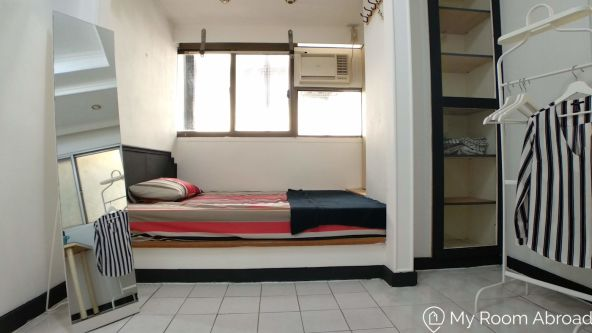 My Room Abroad - Shared rooms and studios for international students, exchange students, language teachers and expats in Aisa. Bright Double Bedroom in Charming Shared Apartment Near Guting