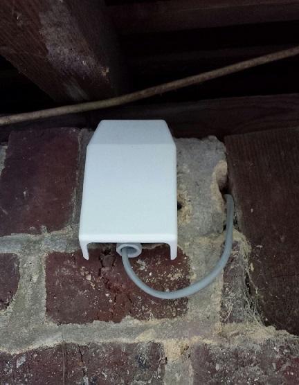Raccorder le thermostat de la pompe à chaleur