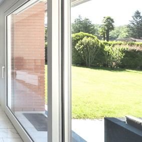 baie vitrée pvc 2 vantaux