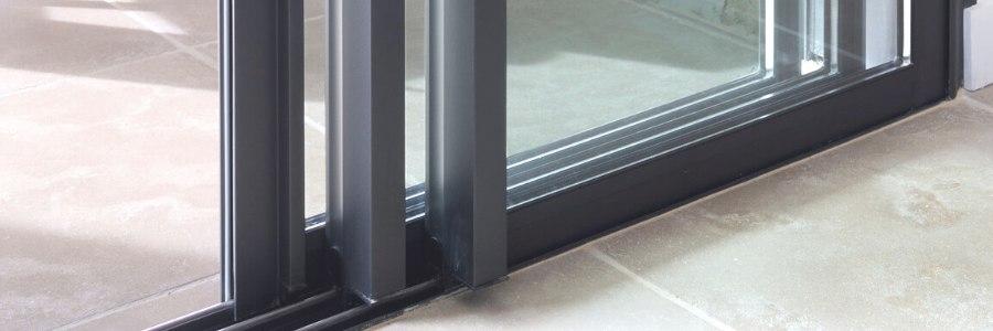 choix de matériau d'une baie vitrée
