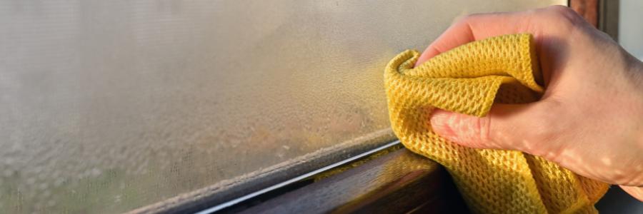Maison humide : comment réduire le taux d'hygrométrie ?
