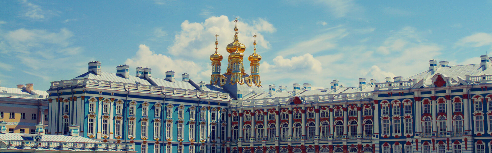Where to go in St. Petersburg: choose a place