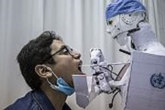 Egypt's COVID-19 robot hospital assistant might just save lives