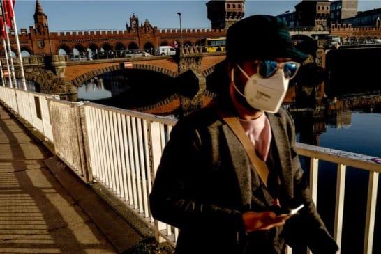 Coronavirus: Germany imposes Easter lockdown to curb new surge