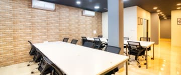 workspace provided by myHQ in Dwarka & Janakpuri