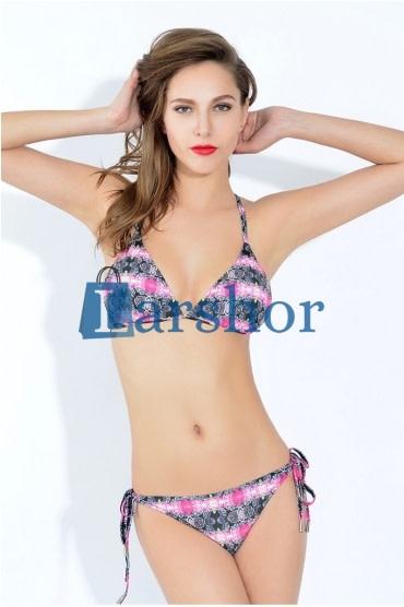 Kriskras driehoekvormig bikini set met print details op borsten
