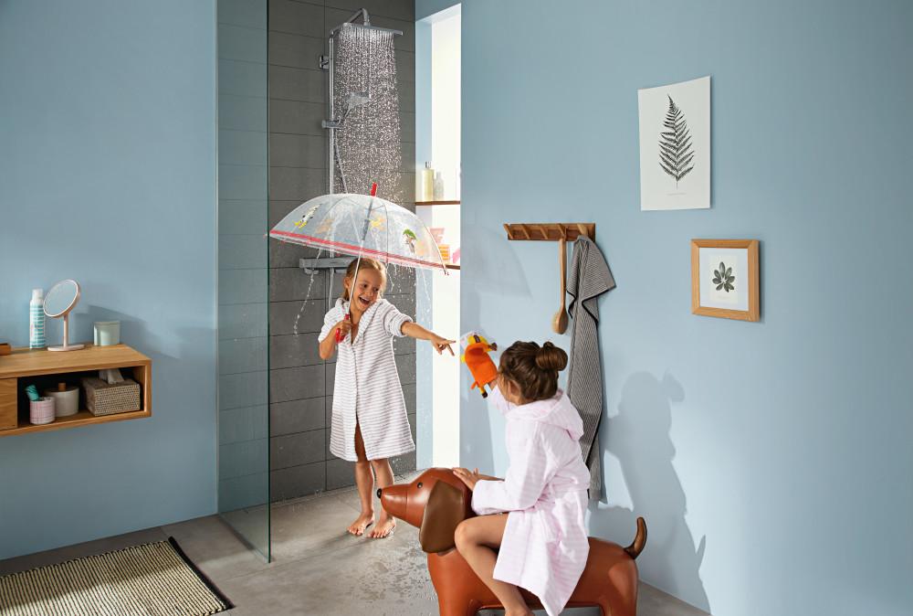 hansgrohe Croma E Showerpipe med RainAir-stråle