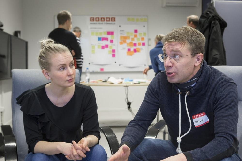 Futuricen Eeva Raita ja Hanno Nevanlinna korostavat asiakaspalvelussa pieniä tekoja ja ihmisläheistä kuuntelemista.
