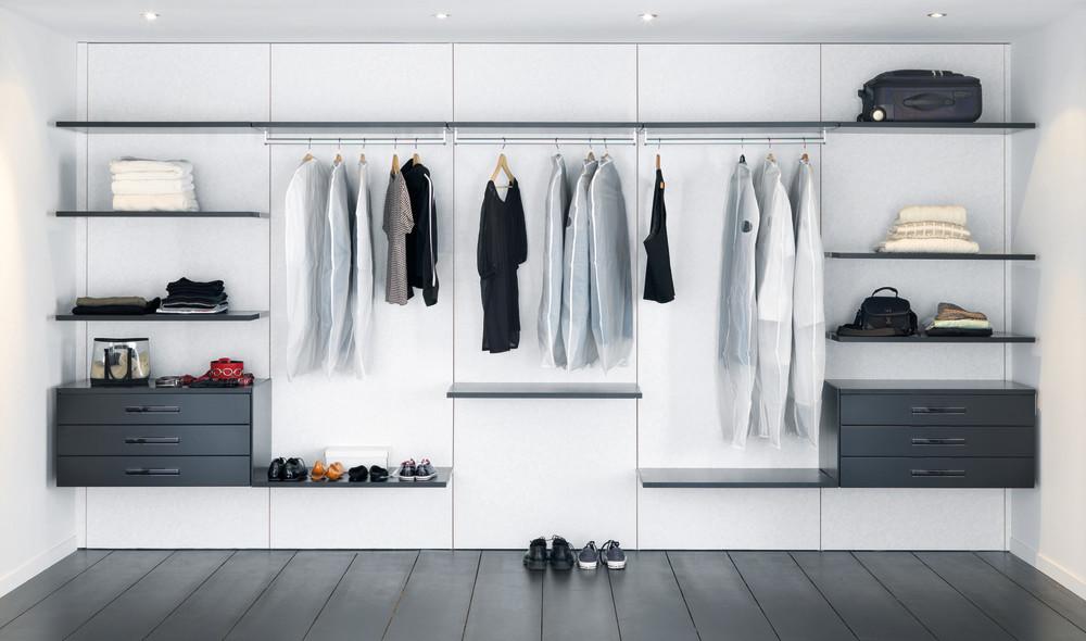 Fasjonable Walk-in closet: Få 5 gode ideer til garderoben din - Schmidt LJ-68